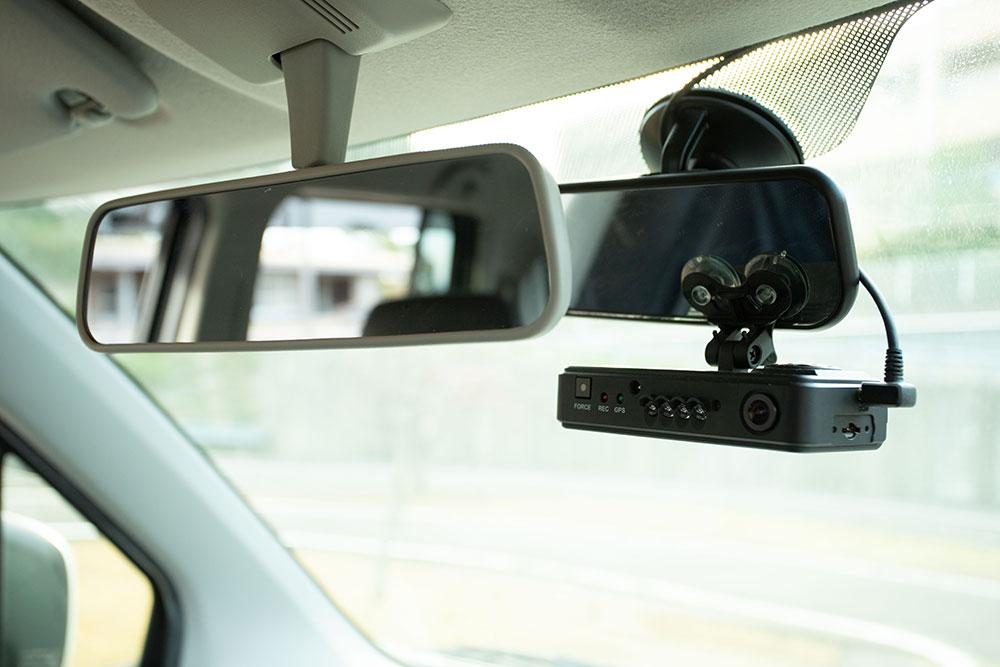自動車運転再開のためのリハビリテーション(ドライビングサポート)用の練習用車両に設置したドライブレコーダー